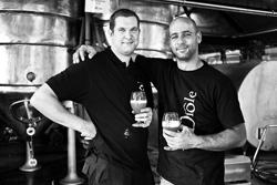 Les fondateurs, brasseurs de la brasserie Diole : Julien Slabbinck et François Amorison
